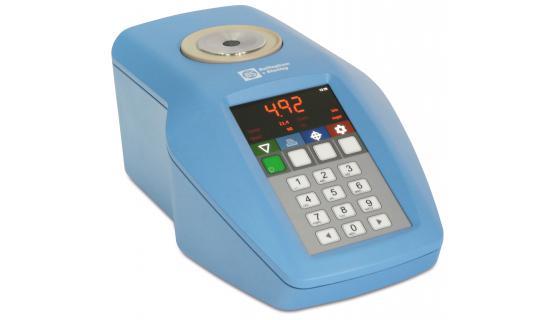 Refractómetro RFM-700